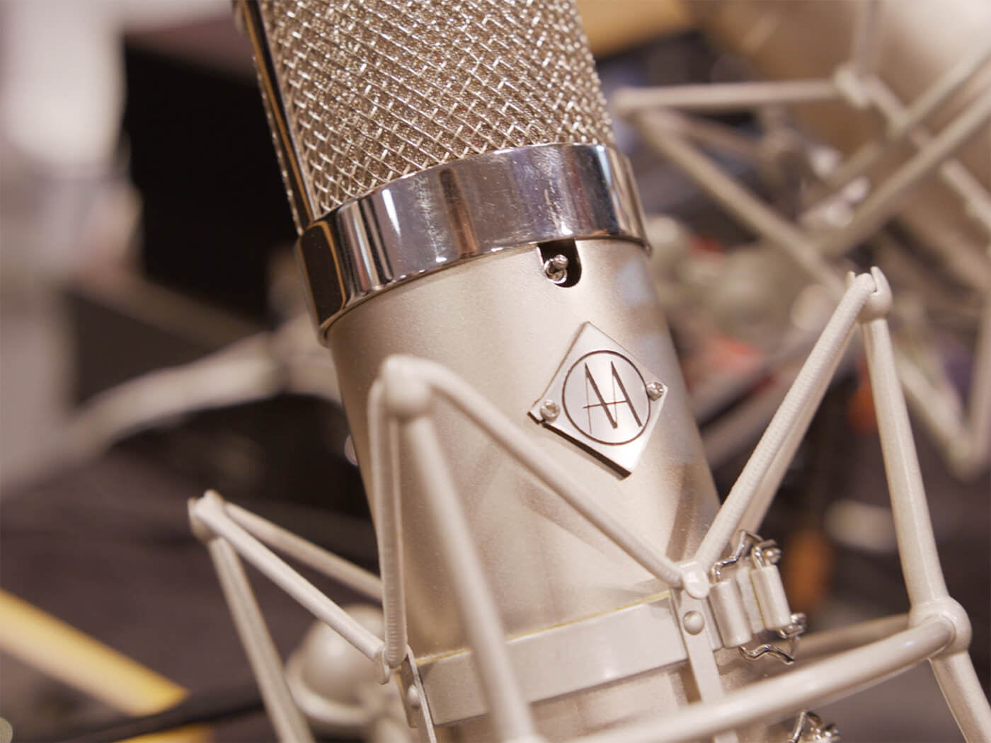 Summer NAMM 2019 Video: Advanced Audio debuts CM47LE, a U47 for